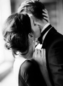 Romantic-couple4